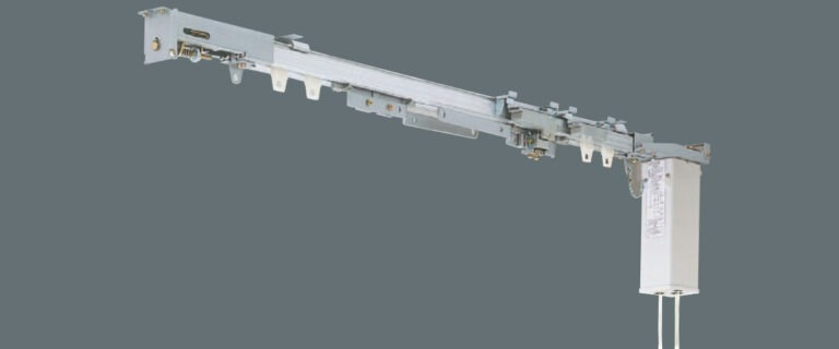 Theatrac tæppeskinne med motor